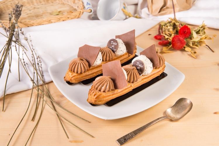 Ecler cu ciocolată cu lapte și cremă gianduia